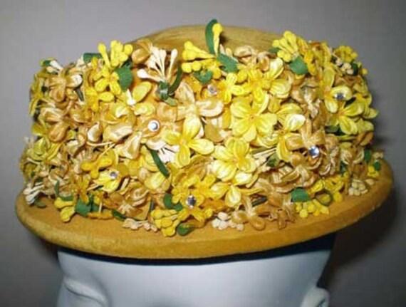 Vintage 50s Velvet Flowers Hat Original Roberta Bernays