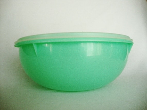 Vintage Tupperware Green Large Fix N Mix Salad Bowl Keeper