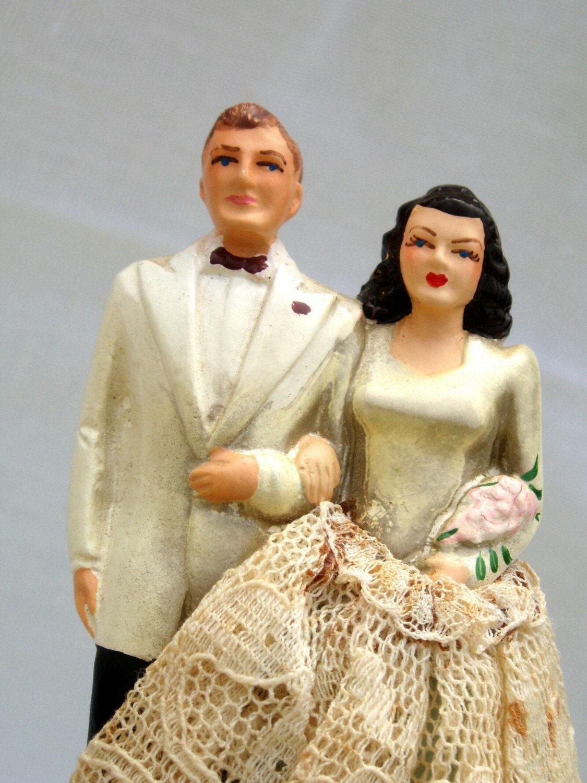 vintage 1940s wedding cake topper bride and groom by sassydoggs. Black Bedroom Furniture Sets. Home Design Ideas