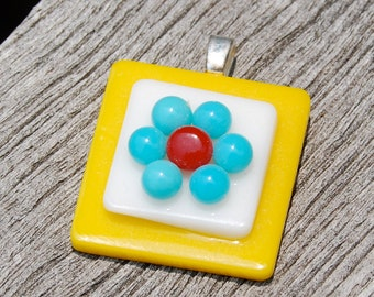 SALE Daisy Pendant Fused Glass Pendant Flower Jewelry - Turquoise and Yellow