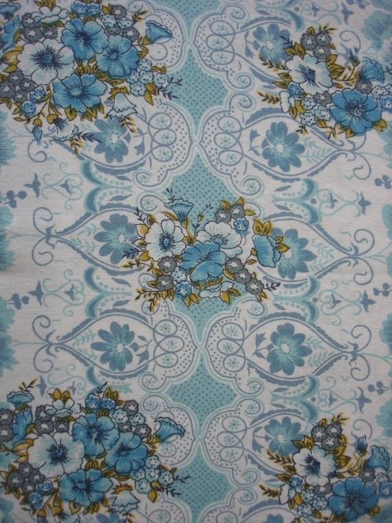 vintage fabric - aqua posie trellis