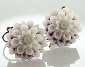 Dangle Earrings Flower Jewelry Lavender White Mum Flower Earrings Romantic Jewelry Nature Jewellery Botanical Floral Jewelry Jewellery