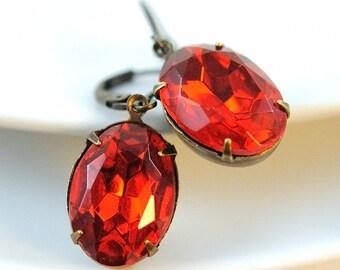 Vintage Red Earrings Jewel Earrings in Antiqued Brass. Christmas Jewelry Gift. Sweden Earrings in Oval Ruby Red