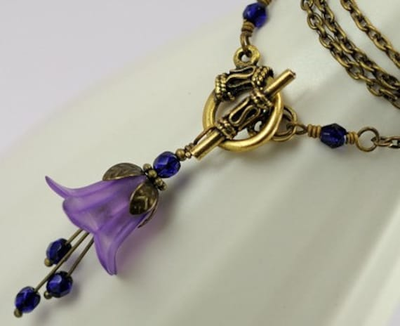 Purple Necklace. Beaded Necklace. Purple Flower Blossom Necklace in Antiqued Brass. France Necklace in Purple Lucite and Antiqued Brass