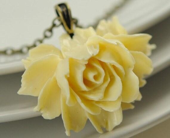 Pendant Necklace -  Flower Necklace - Ivory Rose Necklace Brass Jewelry - Argentina Necklace in Creamy Ivory