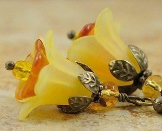 Flower Jewelry. Beaded Earrings. Yellow Flower Earrings. Beaded Earrings. Italy Earrings in Yellow