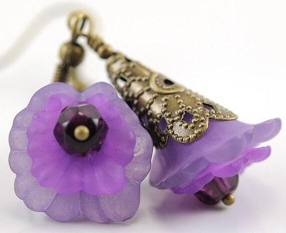 Dangle Earrings Purple Earrings Beaded Flower Jewelry  . Mali Earrings in Purple