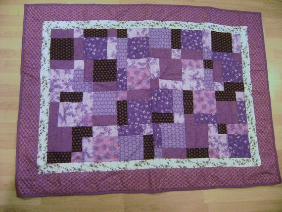 Unique quilt for kids, with purple fabrics