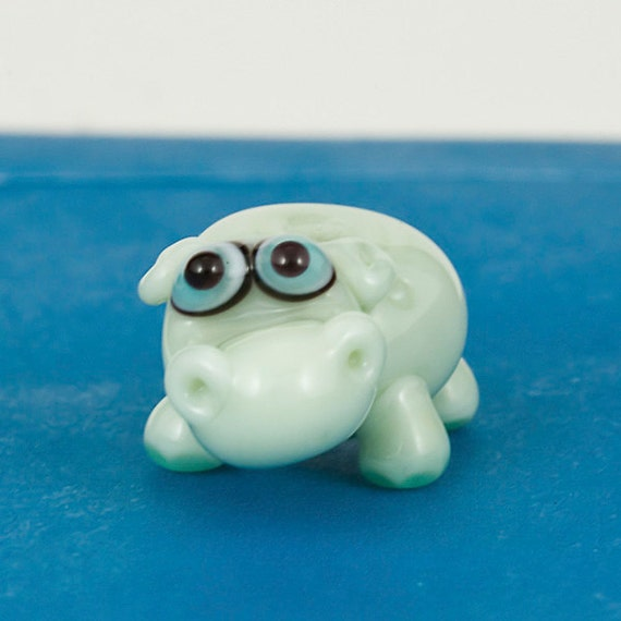 Hazel the Hippo Lampwork Bead