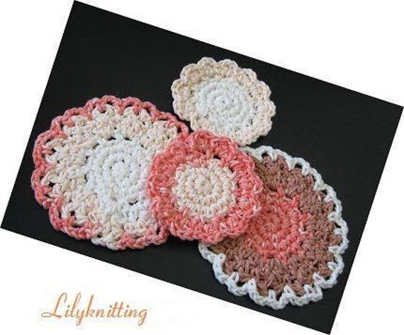 PATTERN  in PDF -- A set of 2 easy patterns -- Crocheted dishcloth, facial cloth, potholder, coaster, circle dishcloth -- Dishcloth 37