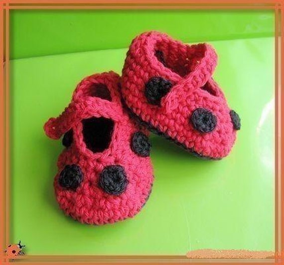 Baby Shoe Pattern Giveaway « thelongthread.com