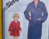 Vintage Simplicity Childs Robe Pattern n 5331 Circa 1981 Sz 5 and 6