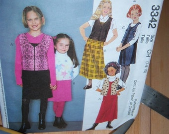 Not So Vintage Simplicity Girls Jumper and Unlined Vest Pattern n 3342 Size 7 thru 10 Dated 2001 Uncut