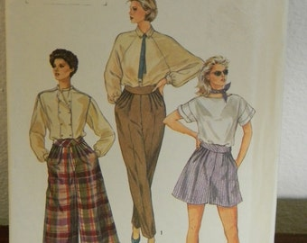 Vintage Simplicity Pants and Culottes Pattern N6699, uncut Size 8