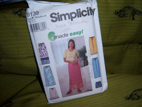 Simplicity Pants Shorts Skirt Long or Short w Ruffle in Sizes XS to XL Uncut