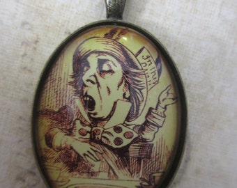 Alice In Wonderland - Mad Hatter necklace