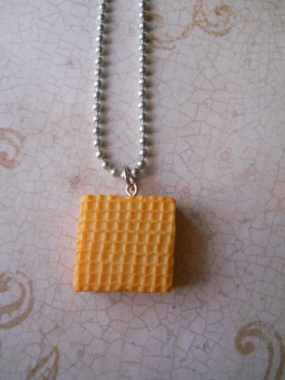 Golden Waffle necklace