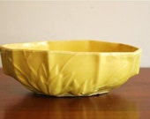 1930s Nelson McCoy pottery, yellow bowl