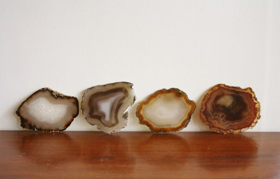 Set of 4 agate coasters, quartz