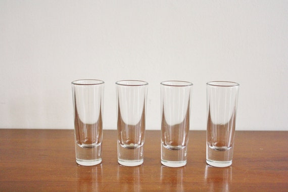 Set of 4 modern style shot glasses
