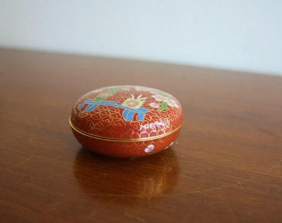 Vintage cloisonne box with lid
