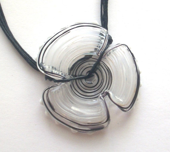 Black and white single flower disc necklace, Lampwork glass bead hand made by Yasmin Sivan