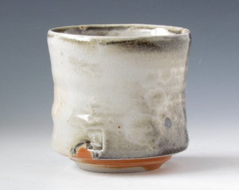white porcelain yunomi