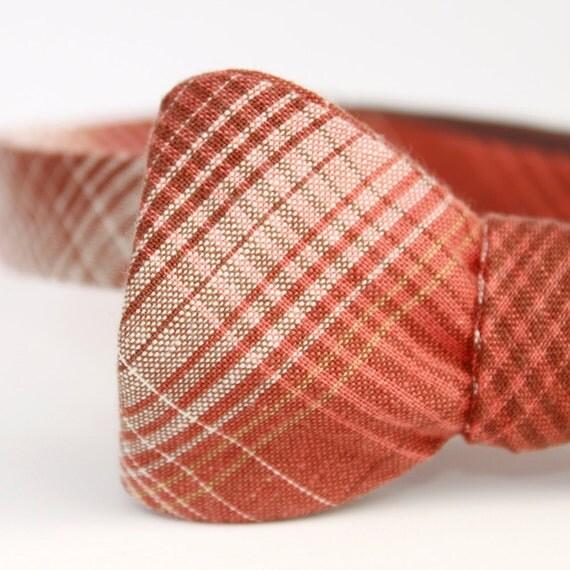 black friday/cyber monday sale-nutmeg plaid freestyle bow tie