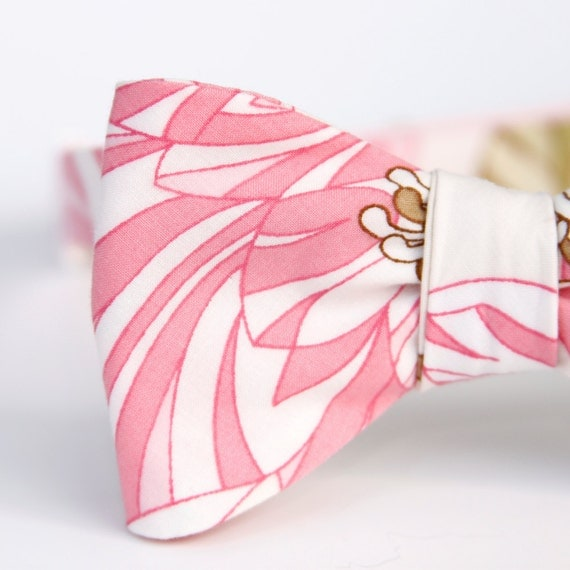 pink and pistachio floral freestyle bow tie