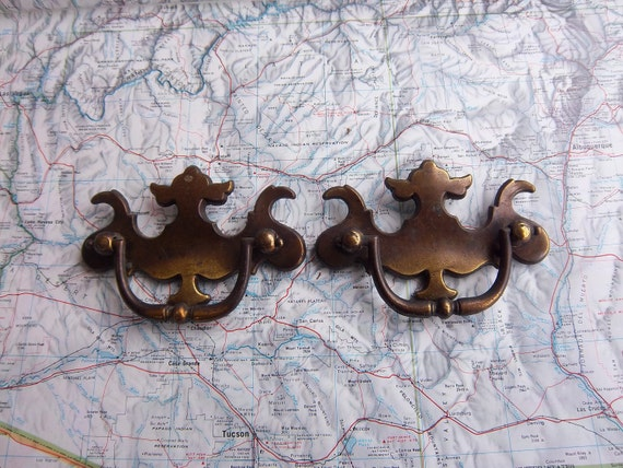 2 vintage curved distressed brass metal pull handles includes hardware