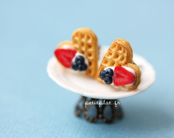 Waffle Post Earrings - Berrylicious - Waffle Collection