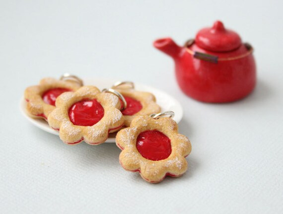 Linzer Cookie Pendant - Raspberry Jam and Powder Sugar - Cookie Collection