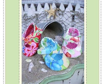 PDF Pattern  Quilted Criss Cross Baby Shoe Adorable and Fun to make- Instant Download