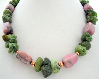 Necklace - Rhodonite nuggets - Row Green Garnets- Gold plated beads