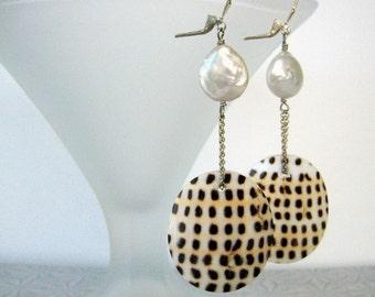 Earrings - Shell - Pearls - Dangles earrings-Sterling silver