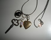 free ship, 1940s SOLID Gold heart with Ruby Glass Stone/ 'vintage' clock Key/Mary medal/Unique Chain/beautiful patina,ON SALE