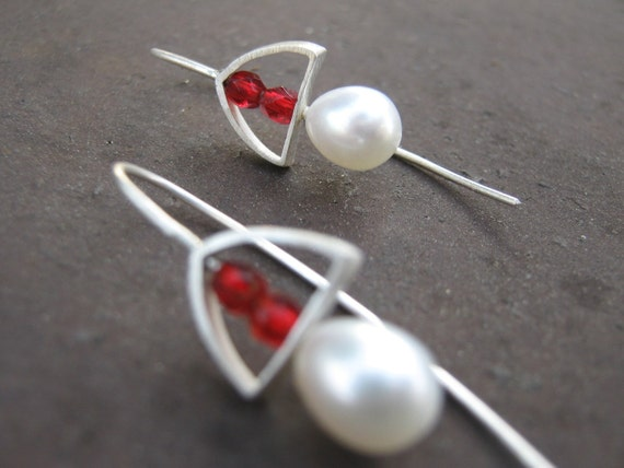 Small  White Pearl Red Silver Triangle Earrings