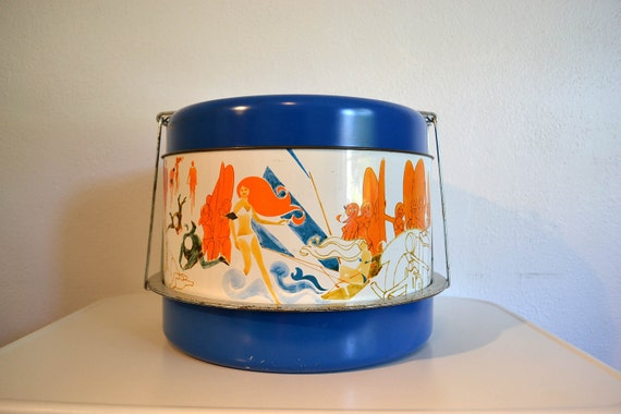 Groovy 1960's Picnic Carrier