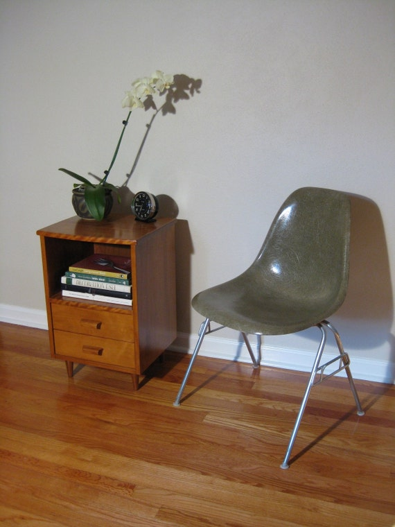 eames side shell chair raw umber stacking base herman miller