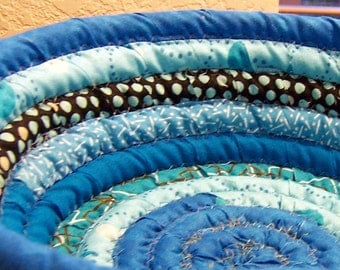 Basket - Bowl - Coiled Fabric Basket Bowl Fresh Egg Basket multi-colored Turquoise  - 9 inches across