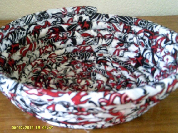 Coiled Baskets and Mats - Basket- bowl -Handmade Black, Red and White Basket or Bowl, Storage and Organizationl