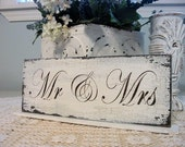MR / MRS Self Standing Table Sign Shabby Vintage Style Weddings 4 3/4 x 12