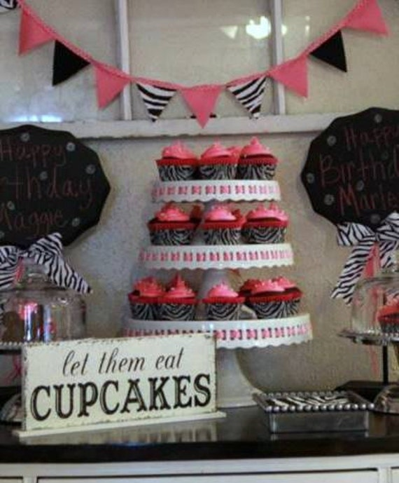 let them eat CUPCAKES Self Standing Table Sign Shabby Vintage Wedding Signs  4 3/4 x 12