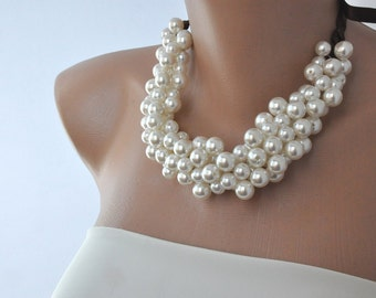 Weddings, Pearl Necklace ,Brides Necklace, bridesmaids gifts,Chunky Pearl Bridal Necklace,Ivory Pearl Choker Necklace,Statement Necklace