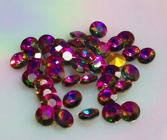 Lot of 36 Vintage Swarovski Rivoli in RaRe Special Affect Color Azalea ss39 Rivoli 8mm rivoli 8mm Rainbow Jewels