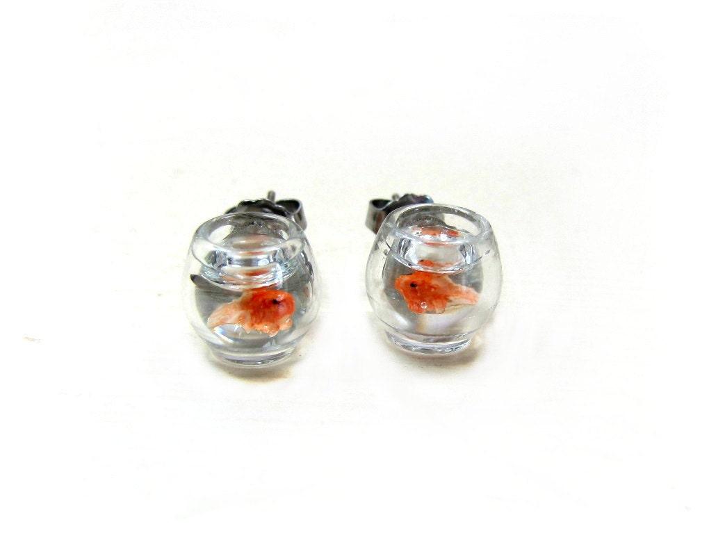 Goldfish bowl earrings miniature pet gold fish on the go for Mini fish bowls