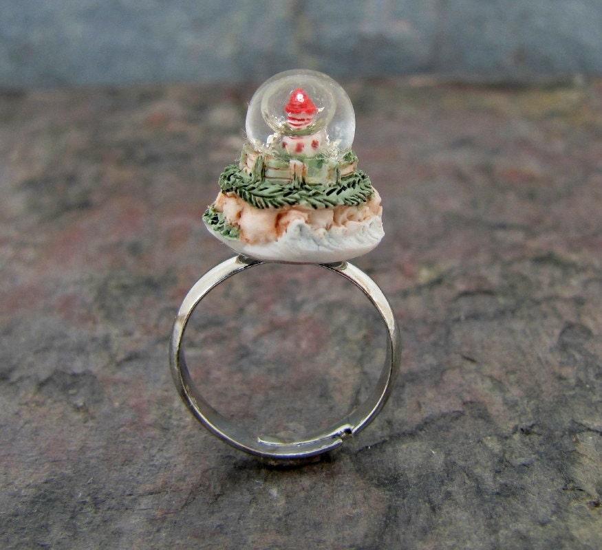 Lighthouse Ring Miniature Snow Globe Adjustable
