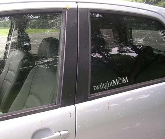 TWILIGHT MoM vinyl vehicle window decal with an APPLE sticker - mother mommy