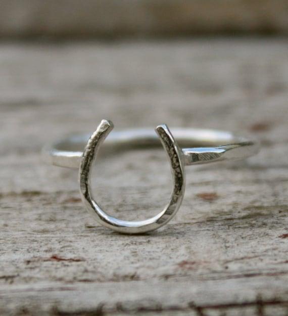 Lucky Horseshoe Ring - Sterling Silver - Petite Talisman - Jennifer Cervelli Jewelry