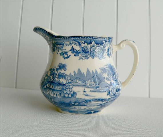 Royal Stafforshire Creamer by Clarice Cliff  - Tonquin